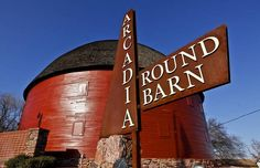 A favorite place to take the kids on warm spring days. It never gets old visiting the Round Barn. Great Places, Places Ive Been, Places To Visit, Oklahoma Usa, Travel Oklahoma, Route 66 Road Trip, Historic Route 66, Roadside Attractions, Old Barns