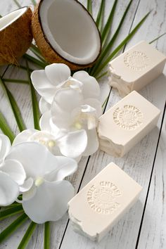 Image Zen, Savon Soap, Coconut Soap, Green Soap, Soap Tutorial, Homemade Soap Recipes, Organic Soap, Soap Packaging, Cold Process Soap