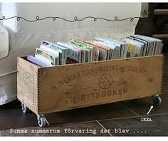 Upcycled vintage sugar boxes- got 2 that i will do like this with, storage in the kids room Magazine Storage, Magazine Rack, Diy Rangement, Wooden Boxes, Wooden Crates, Repurposed, Upcycled Vintage, Wood Projects, Diy Furniture