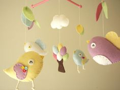 Bebé móvil de cuna pájaro móvil móvil de fieltro por Feltnjoy