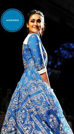 Kameez By Rahul Mishra ... Illuminated By ILeana D'Cruz #Kameez #IndianFashion #LakmeFashionWeek #BollywoodFashion #RahulMishra @CremeDeModa