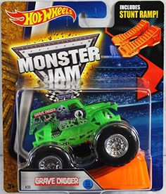 Hot Wheels Monster Jam Grave Digger Green 2016 New Look! Includes Stunt Ramp! #33