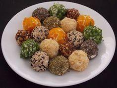 Adorei preparar essas bolinhas de ricota para o nosso happy hour... a receita é simples e o grande diferencial está nas ervas e especiar...