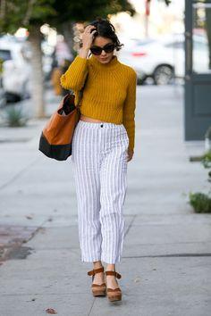 Look do Dia:Vanessa Hudgens Estilo Vanessa Hudgens, Vanessa Hudgens Style, Sport Outfits, Cool Outfits, Fashion Outfits, Fashion Trends, Women's Fashion, Ethnic Outfits, Black Evening Dresses