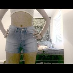 H&M faded shorts NWT | SALE!! Purchased this month. NWT | Size 2 H&M Shorts Jean Shorts