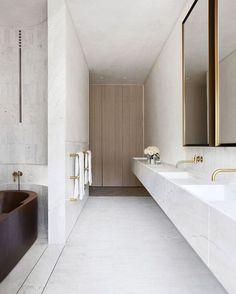 Nice 56 Smart Bathroom Decor Ideas On A Budget. More at https://trendecorist.com/2018/02/18/56-smart-bathroom-decor-ideas-budget/ #decoratingbathroomsonabudget