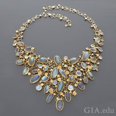 A vintage 18K gold necklace from the 1960s by German jewelry designer Kathe Ruckenbrod highlights the varying colors and sheens of labradorite #moonstones. Courtesy: 1stdibs.com