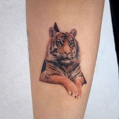 Womens Tiger Tattoo: Superb Concepts to Improve Braveness - Tattoos for Couples,Tattoos for Women Old School Tattoo Designs, Baby Tigers, Best Tattoos For Women, Tiger Tattoo, Couple Tattoos, Get A Tattoo, Tatoos, Concept, Ink