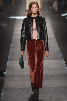 Louis Vuitton womenswear, spring/summer 2015, Paris Fashion Week