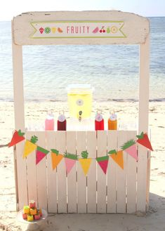 a fruit party and a DIY juice bar - - a fruit party and a DIY juice bar parties by kojo a fruit party and a juice bar- the fruit garland and fruity favor box how-to's are included (and so easy! Fruit Birthday, 2nd Birthday Parties, Tutti Fruity Party, Luau, Paper Fruit, Cocktails Bar, Tutti Frutti, Fruit Decorations, Fruity Drinks