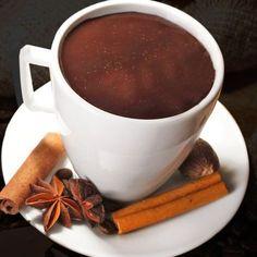 Con esta receta de chocolate a la taza con especias puedes preparar el chocolate de toda la vida de Frozen Hot Chocolate, Hot Chocolate Bars, I Love Chocolate, Chocolate Hazelnut, Drinks Alcohol Recipes, Yummy Drinks, Yummy Food, Chocolates, Dark Chocolate Brands