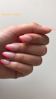 simple Light pink and hot pink manicure. Different take on the french manicure. Light pink and hot pink manicure. Different take on the french manicure. How To Do Nails, My Nails, Oval Nails, Oval Nail Art, Shellac Nails, Matte Nails, Nails Ideias, Crome Nails, Pink Manicure