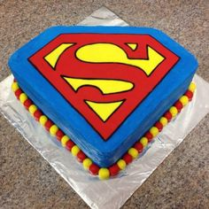 Superman cake Childress Childress & Dezuanni Gardner Cannon- I like how simple and bright this one is- Superman Party, Superman Cakes, Superman Birthday Cakes, Superhero Cake, Superhero Birthday Party, Boy Birthday, Birthday Ideas, Happy Birthday, Cupcakes