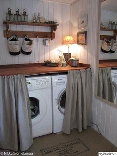kodinhoitohuone,piilo,kodinkoneet,sisustusvinkki,puutaso Laundry Room Decor, Laundy Room, Home, Sweet Home, Home Remodeling, New Homes, Cabin Kitchens, House, Home Deco