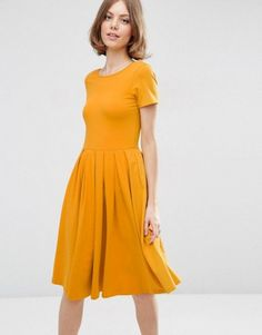 Awesome 52 Casual and Elegant Midi Dress Outfit Ideas | The most recent colours and styles are available in stores and online for a portion of the normal cost. `You begin to see various individuals getting into categories they weren't before. Offer is subject to modify without notice.  The very best thing regarding these bags are, they can easily be ac...