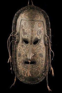 Iatmul Mask Tribal Carving Sepik Mask Oceania | see these amazing masks in Sepik, Papua New Guinea www.papuanewguinea.travel/eastsepik