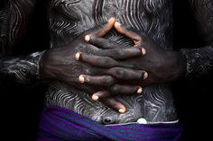 Africa | Body art of the surma boys they do just befor the donga fight. Omo Valley, Ethiopia | ©Mario Gerth