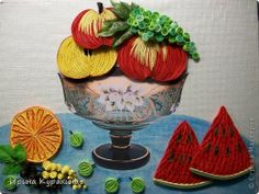 Quilled bowl of fruits
