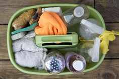 Non-toxic cleaning kit for the home