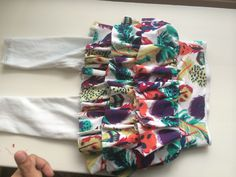 How to Add Ruffles to Leggings Floral Tie, Ruffles, To My Daughter, Stitching, Leggings, Ads, Fashion, Costura, Moda