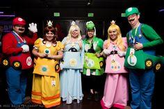 Mario, Princess Daisy, Rosalina, Yoshi, Princess Peach, and Luigi #Comikaze 2015