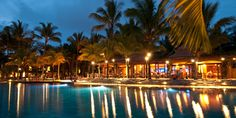 6 Tips for Eating Cheaply While on Vacation in Hawaii.... www.DaveDickey.net  #Hawaii www.WaikikiBeachHouse.com  #Waikiki