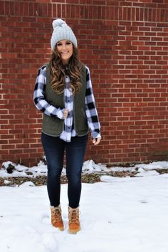 Excellent womens fashion are readily available on our internet site. Have a look and you wont be sorry you did. Duck Boots Outfit, Winter Boots Outfits, Casual Winter Outfits, Preppy Outfits, Fall Fashion Outfits, Cute Outfits, Fashion Hats, Womens Fashion, Fashion Trends