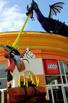 A quick stop at the Lego Store in Downtown Disney (for my husband...who still plays with Legos). #scentsyhoneymoon