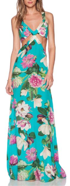 love this floral print maxi dress for a vacation