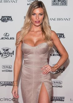 Even Sports Illustrated Swimsuit models get a slight case of the nerves.  When Yahoo Celebrity met up with Samantha Hoopes — whose blond locks, tight abs, and perfect pins are featured throughout the glossy magazine — at the Swim City event at the Altman Building in New York City on Tuesday, there were