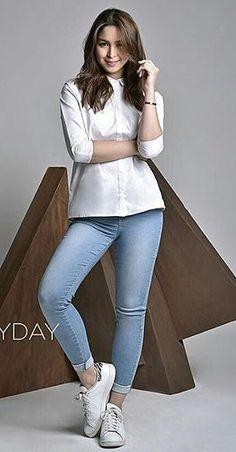 Julia Julia Baretto, Marian Rivera, Philippine Women, Filipina Actress, Summer Ootd, Blackpink Jennie, Filipino, Colored Jeans, Skinny Jeans