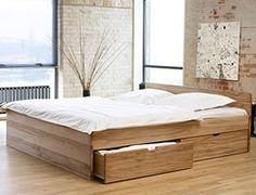 die besten 25 bett mit stauraum ideen auf pinterest podestbett mit stauraum podestbett. Black Bedroom Furniture Sets. Home Design Ideas