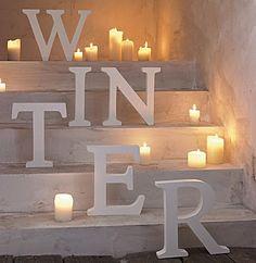 Crisp winter white via Winter Decor After Christmas, Noel Christmas, All Things Christmas, White Christmas, Christmas Lights, Vienna Christmas, Christmas Letters, Minimal Christmas, Natural Christmas