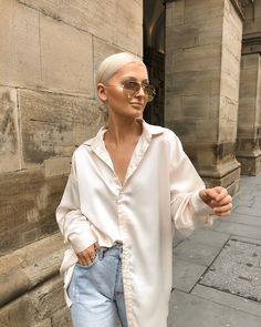 style inspiration + vacation look + fashion + outfit + summer naturals + beige aesthetic + neutral colour palette + beauty + mood board Fashion Mode, Fashion Killa, Look Fashion, Fashion Outfits, Womens Fashion, Fashion Trends, Classy Fashion, 70s Fashion, Editorial Fashion