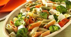 Salada de macarrão integral