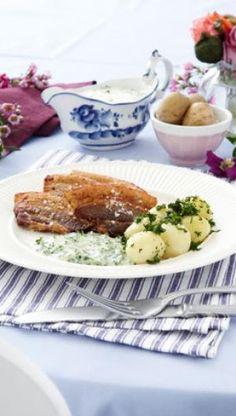 Persillesovs er en klassisk sovs til stegt flæsk og kartofler