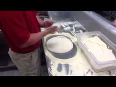 How to Make a Papa Johns Dough Demonstrative Video Public Speaking, Breads, Restaurants, Goodies, Menu, Pasta, Cooking, Youtube, Desserts
