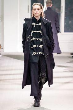 5756c6408fc Yohji Yamamoto Fall 2019 Menswear Collection - Vogue Mens Fall