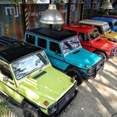 We are in exhibition. 10-12 March 2017 at Kota Baru Parahyangan Bandung, photo by @mercedes_jip_indonesia see you in there all G Class Fans ! #mercedesbenz#mercedes#h#gklasse#eurocars#classics#w460#w461#w463#280ge#300ge#offroad#4x4#mbfanphoto#indonesia#g_kaltim#gwagen#gwagon#mercedesjipindonesia#mji#mbfanphoto