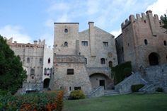 Castello di Monselice: dal 1981 il complesso monumentale del Castello Cini di Monselice è passato in proprietà alla Regione Veneto, divenendo museo regionale congiuntamente all'Antiquarium Longobardo e al Mastio Federciano.