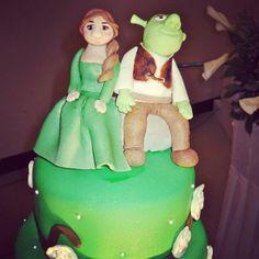 Shrek and Fiona cake topper Shrek Cake, Wedding Cake Toppers, Cakes, Disney Princess, Disney Characters, Cake Makers, Kuchen, Cake, Torte