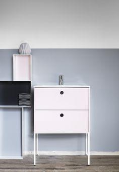 | Badrumsinspiration | Nya badrumserien Lessmore här i Puderrosa färg.  Badrum från Ballingslöv.