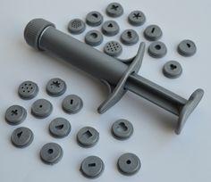 Dekorationsverktyg för dekoration av till exempel cupcakes och tårtor. www.ihobby.se