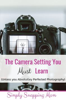 Learn to use your camera meter, which is a built-in camera guide or consultant! It will evalute your settings and train your photography eye! camera The Secret to Manual Mode: The Beginner Photographer's Guide to Metering - Dslr Photography Tips, Photography Lessons, Photography For Beginners, Photography Equipment, Photography Business, Photography Tutorials, Creative Photography, Digital Photography, Photography Aesthetic