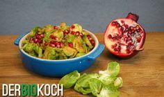 Rosenkohl gebraten mit Nüssen und Granatapfel - Der Bio Koch