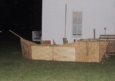 DIY Halloween Pirate Ship for an awesome yard Decoration! Made from old pallets, scraplumber,and particle board