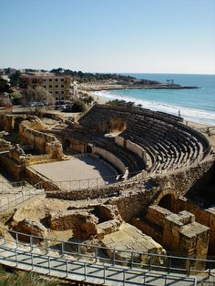 places to see  .. X ღɱɧღ || Amphitheater in Tarragona - Catalonia