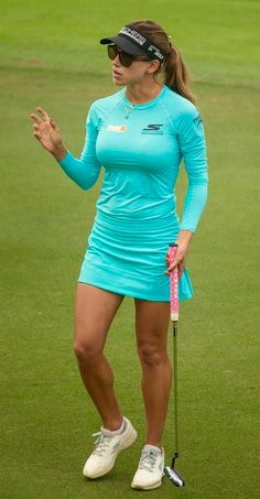 Female Golfer in teal dress Girls Golf, Ladies Golf, Women Golf, Lpga Golf, Sexy Golf, Golf Chipping, Golf Tips For Beginners, Perfect Golf, Female Athletes