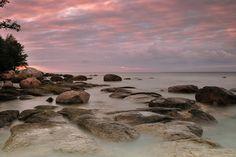 We Estonians love the sea.    Source: http://retsiem.blogspot.com/2010_06_01_archive.html