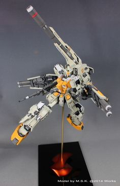 [Volks Resin Kits] 1/100 FA-78-1 Gundam Full Armor Type: Modeled by M.S.K. Nice kit + colour choice+ gradients in yellow